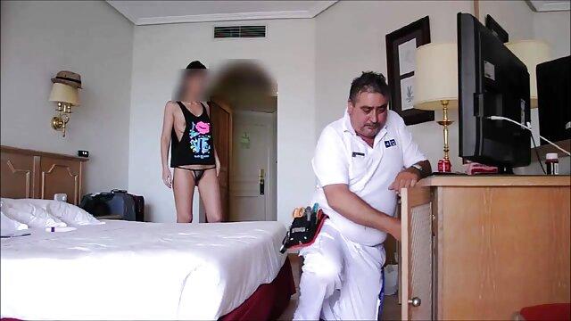 Porno nessuna registrazione  Vanilla deville scene film erotici italiani